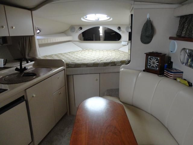 Cruisers 3075 Express EUC-Twin Volovo Pentas 5.0 Gi 600hrs 2001 for sale for $31,999 - Boats ...