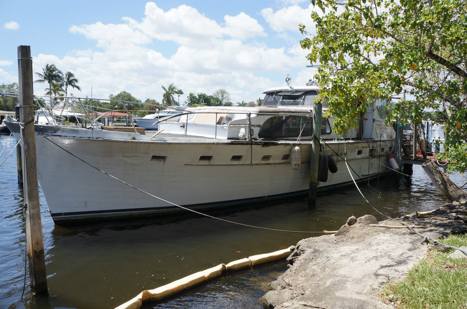 Broward Marine 63ft Quot The Contessa Quot Flushdeck Motoryacht