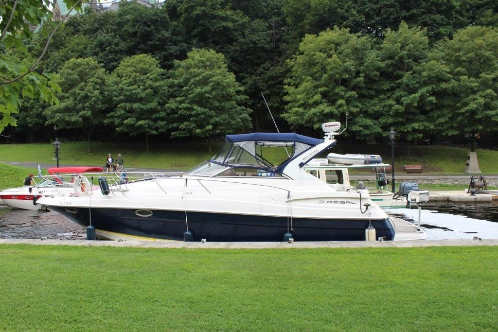 Regal 3560 2004 For Sale For 1 Boats From Usa Com