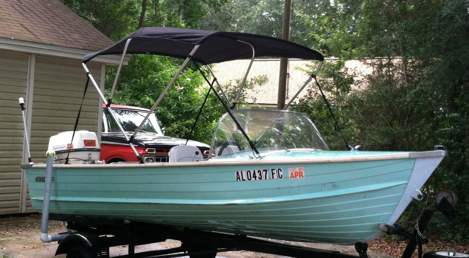 Starcraft Aluminum Lapstrake Close Bow Runabout 1967