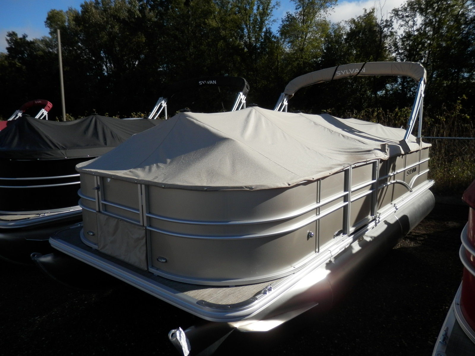 Sylvan mirage 820 4 0 2016 for sale for 16 999 boats for Syvlan