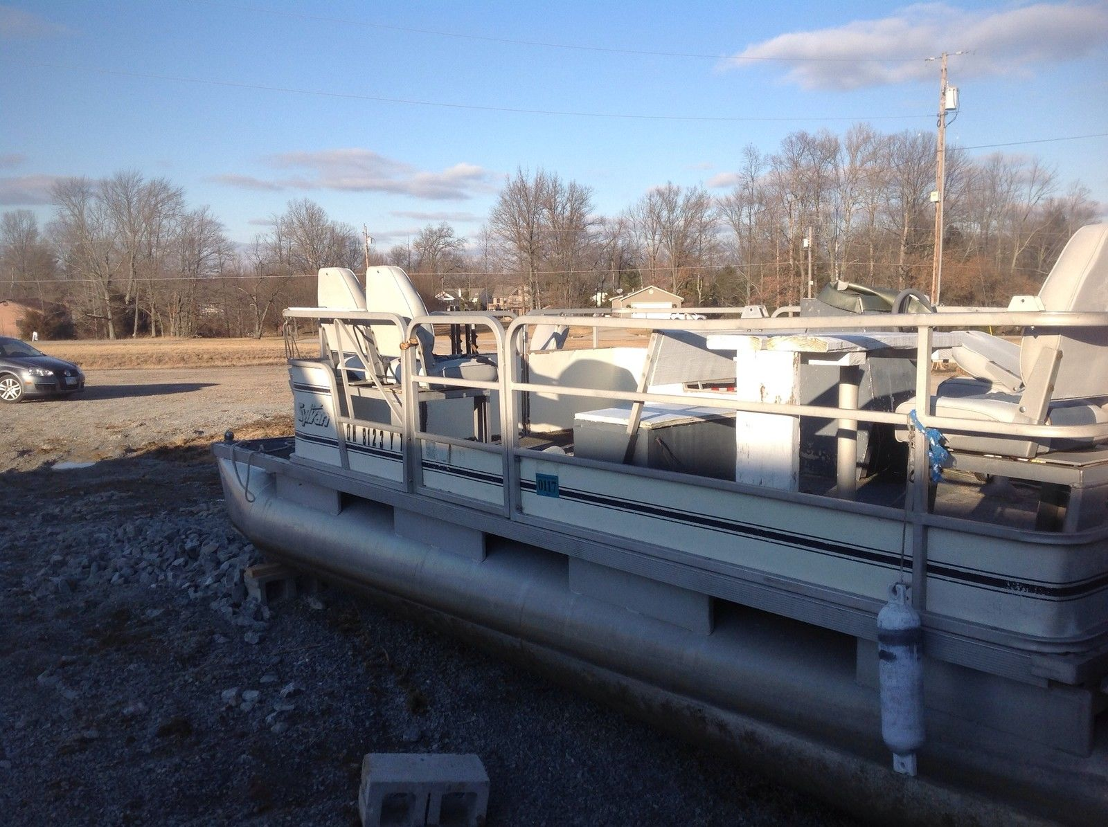 Sylvan pontoon 1987 for sale for 1 500 boats from for Syvlan